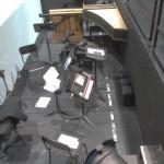der Orchestergraben kurz vor dem Abtransport der Orgel (links) und des Spinetts