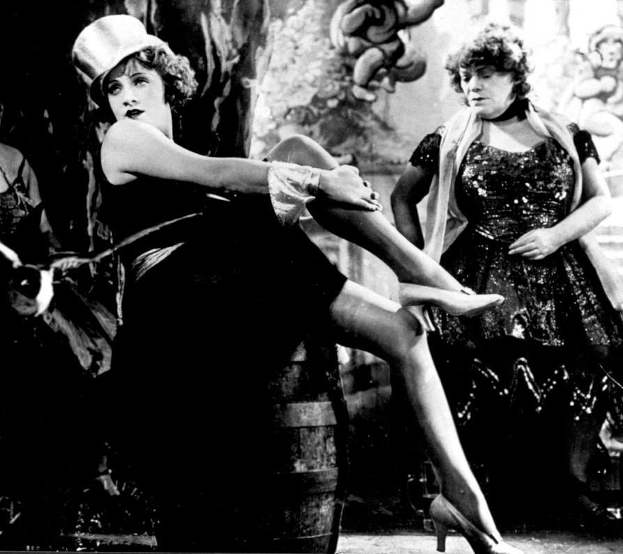 Der-blaue-Engel_D-1930_055_Marlene-Dietrich