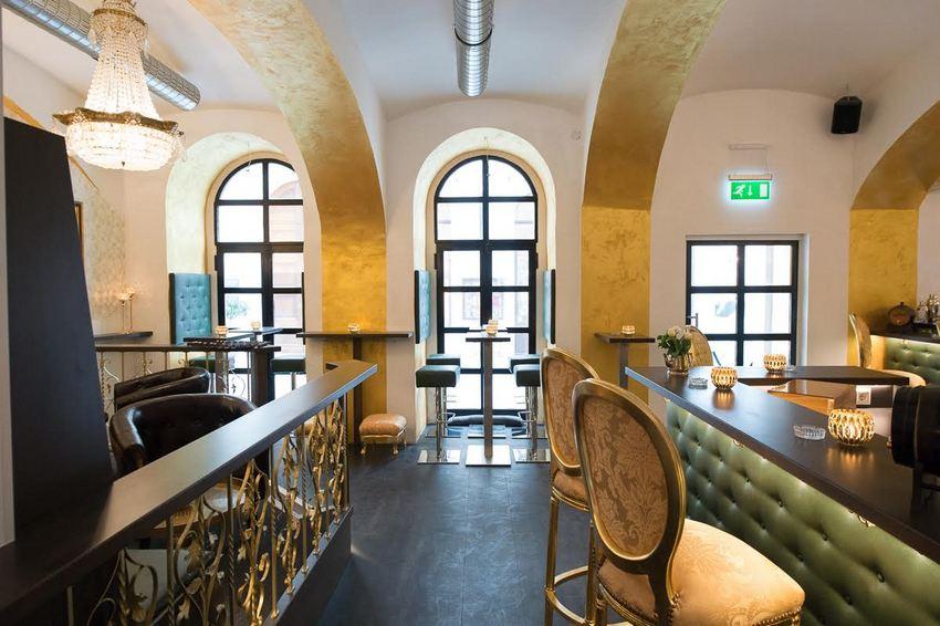 Josef Cocktail Bar, Blick Richtung Sterngasse, Foto (c) Josef