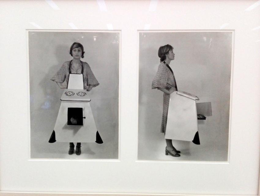 WOMAN, Birgit Jürgenssen, Hausfrauen - Küchenschürze, Bild (c) Claudia Busser - kekinwien.at