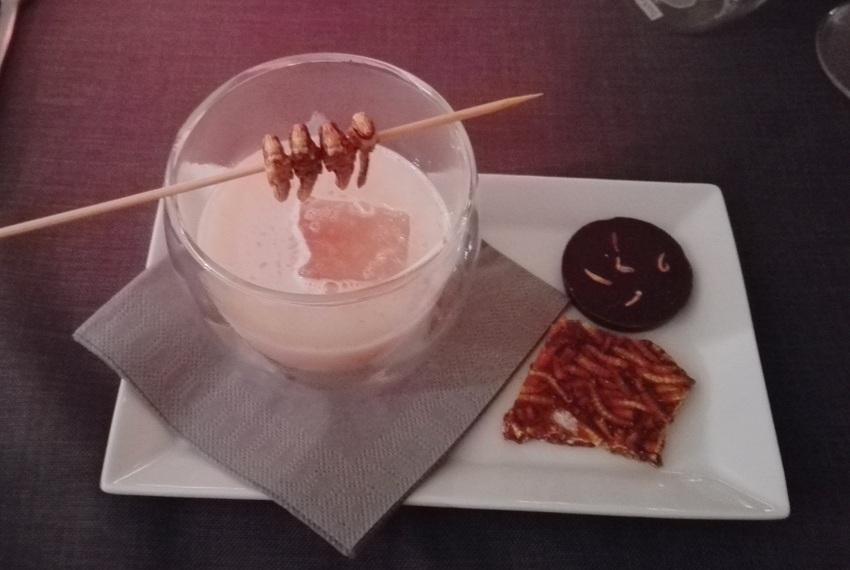 Bourbon, Heuschrecken, Schokolade, Mehlwürmer - kekinwien.at