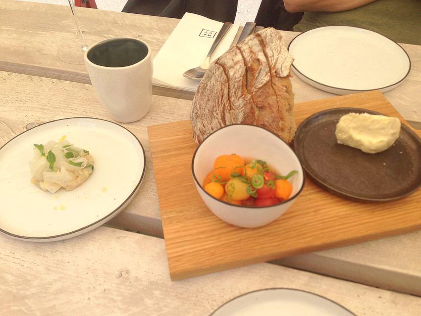Brot ,Forelle, Tomate, Foto (c) Andrea Pickl - kekinwien.at