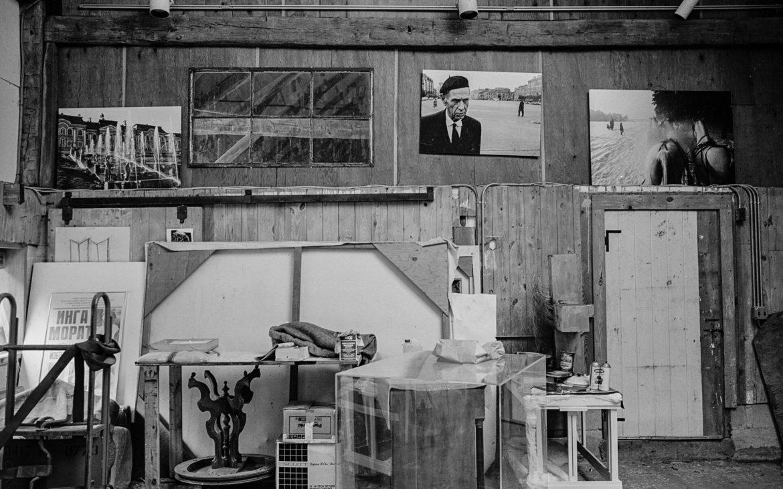 Atelier in der ehemaligen Scheune. Roxbury Connecticut 1993 Foto (c) Kurt Kaindl