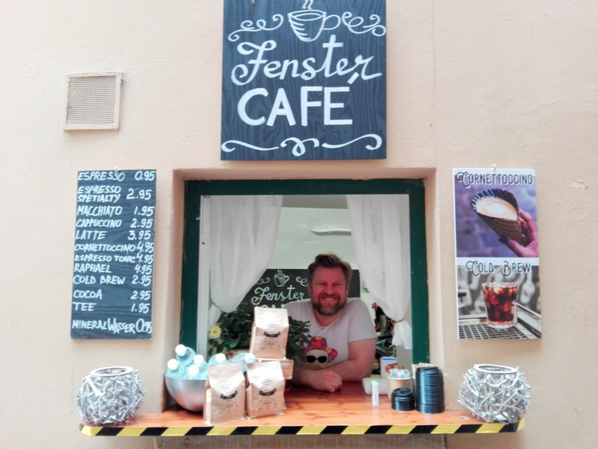 Sascha macht tollen Third Wave Coffee im Ersten, Foto (c) Claudia Busser - kekinwien.at