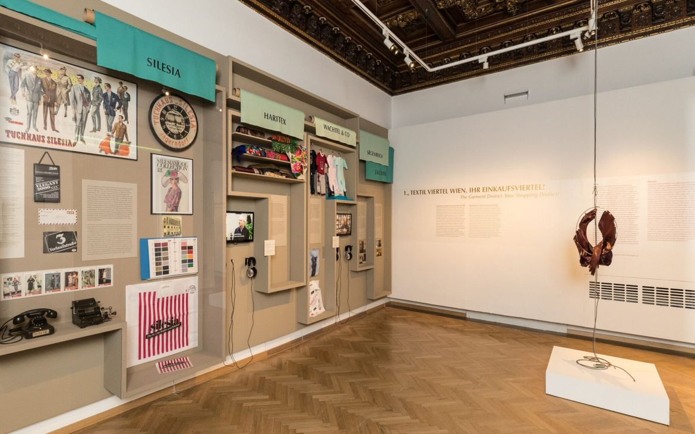 Ausstellungsansicht Kauft bei Juden. Geschichte einer Wiener Geschäftskultur (c) Wulz