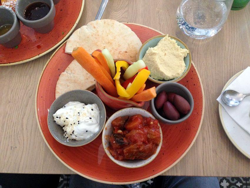 'Lebanon' im Café Telegraph - kekinwien.at
