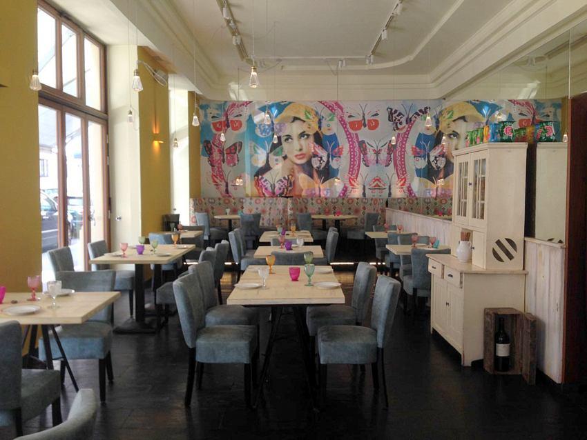 Das Mercado Nikkei bietet verschiedene Bereiche , je nach Lust und Laune, Bild (c) Andrea Pickl - kekinwien.at