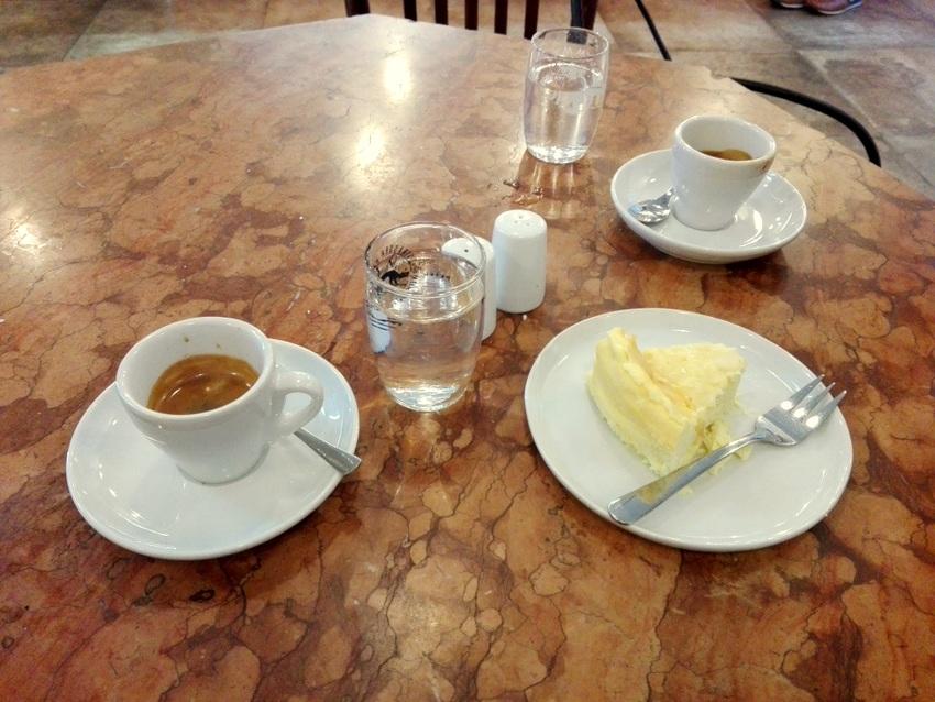 Kaffee und Cheesecake , wiedermal Cheesecake, Bild (c) Claudia Busser - kekinwien.at