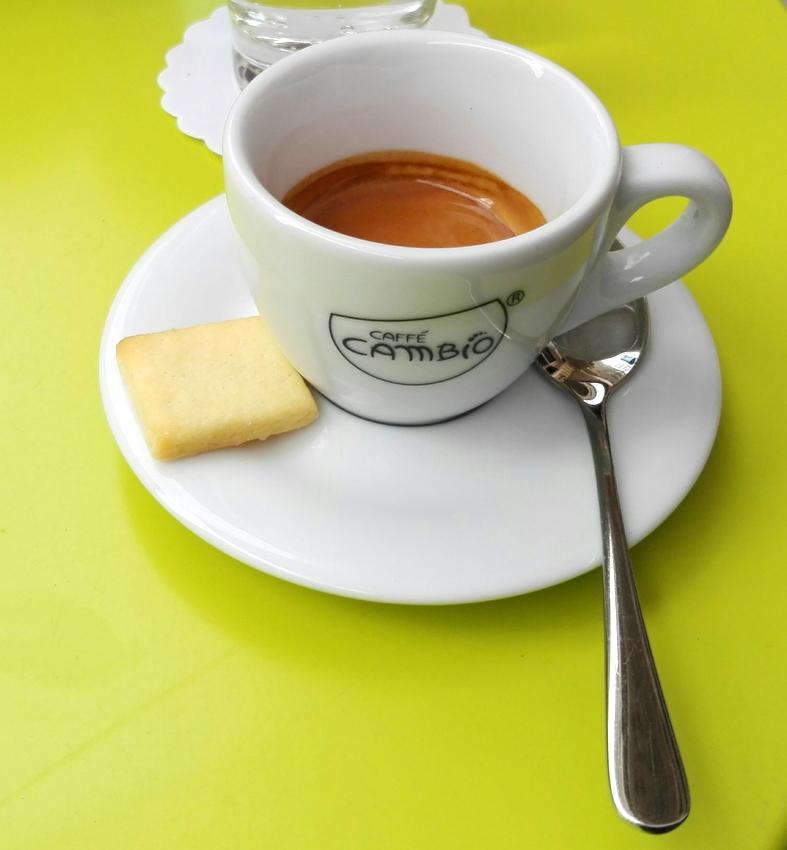 Espresso, Euro 2,10 - kekinwien.at