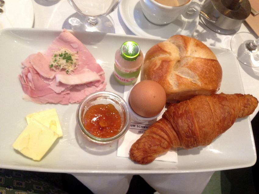 Frühstück im Schwarzen Kameel, Bild (c) Andrea Pickl - kekinwien.at