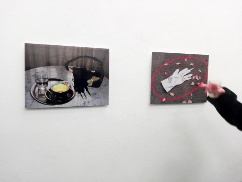 """""""Cafe San Paulo"""" und, """"Die Rache der Braut"""", Renate Bertlmann, beide 2010, Bild (c) Claudia Busser - kekinwien.at"""