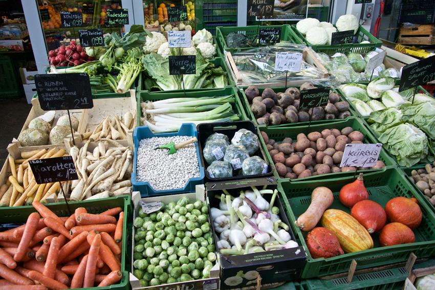 So schön ist der Markt im Winter, Vielfalt am Gemüsestand, Bild (c) Mische Reska - kekinwien.at