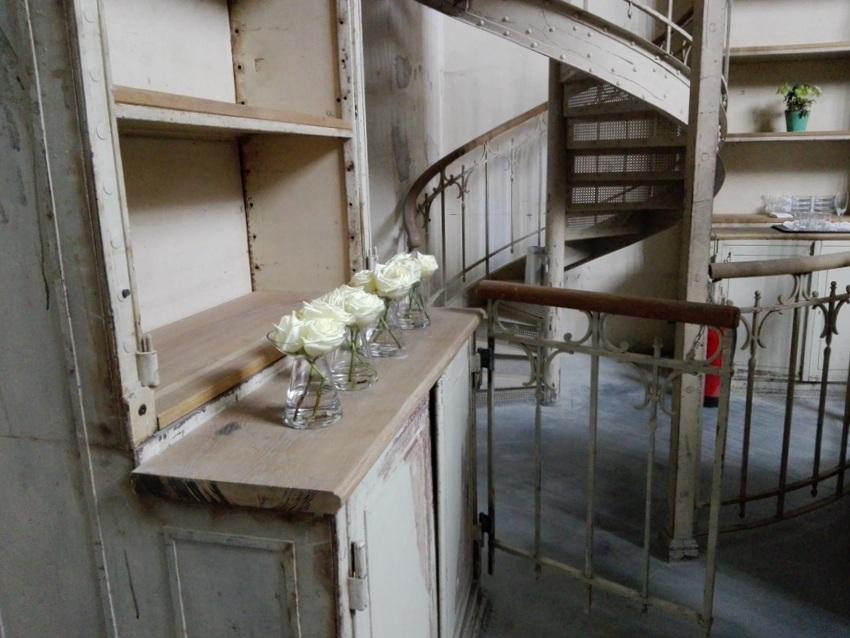 Altes wurde teilweise erhalten, Detail in der Bibliothek, Reaktor, Bild (c) Claudia Busser - kekinwien.at