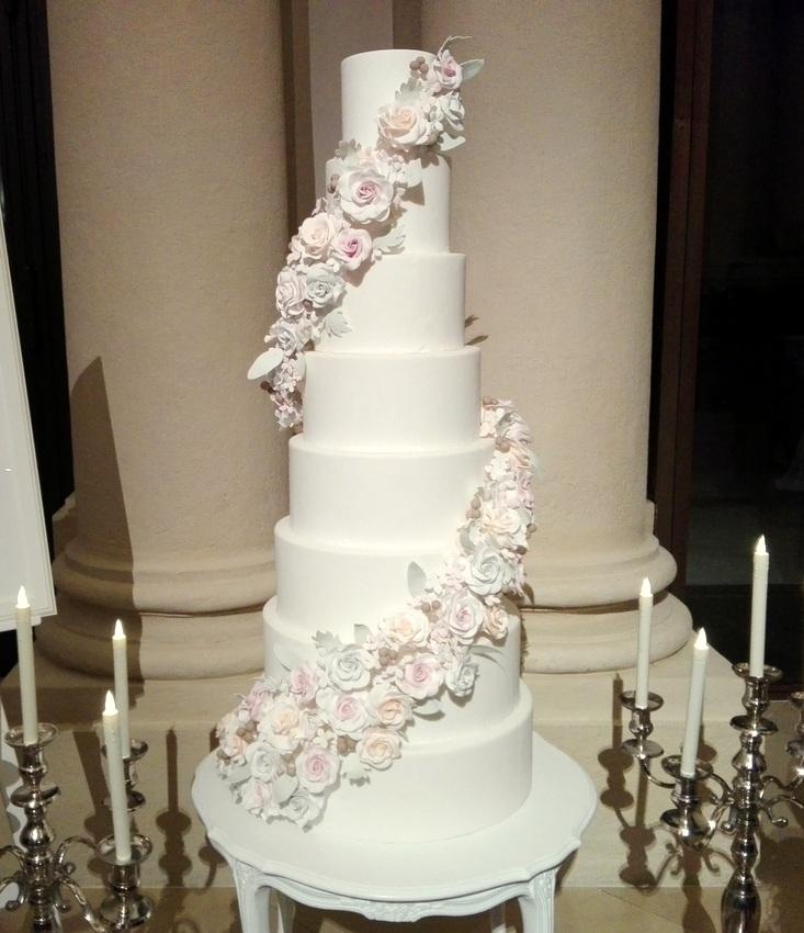 Hochzeitstorte, unschuldiges Weiß, Bild (c) Claudia Busser - kekinwien.at