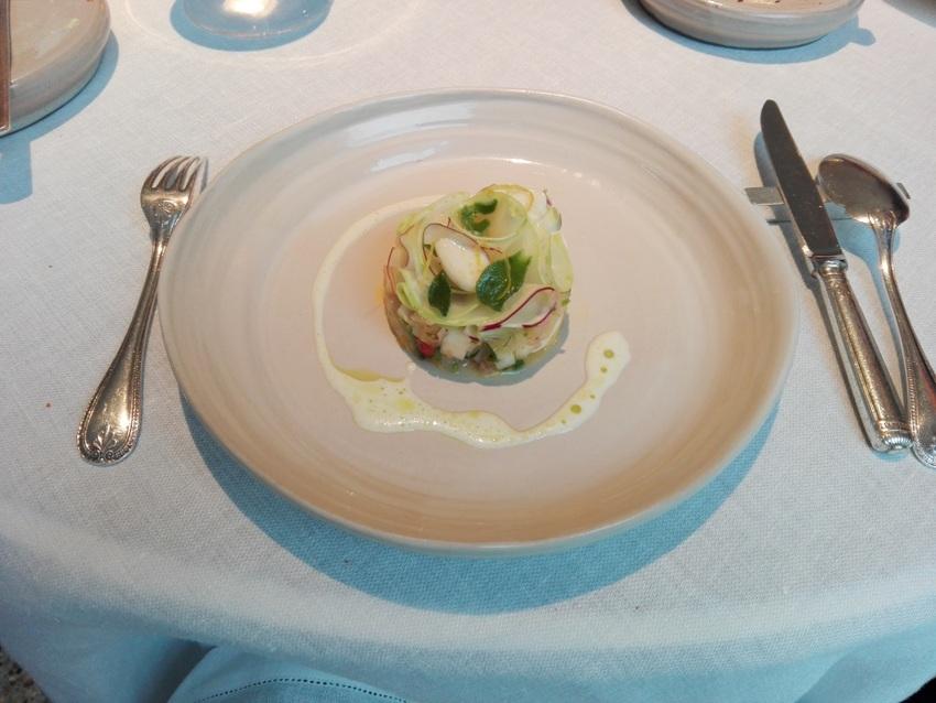 Superschmelz Kohlrabi mit Zitronat Albedo, Eiskraut und grünen Mandeln, Bild (c) Claudia Busser - kekinwien.at