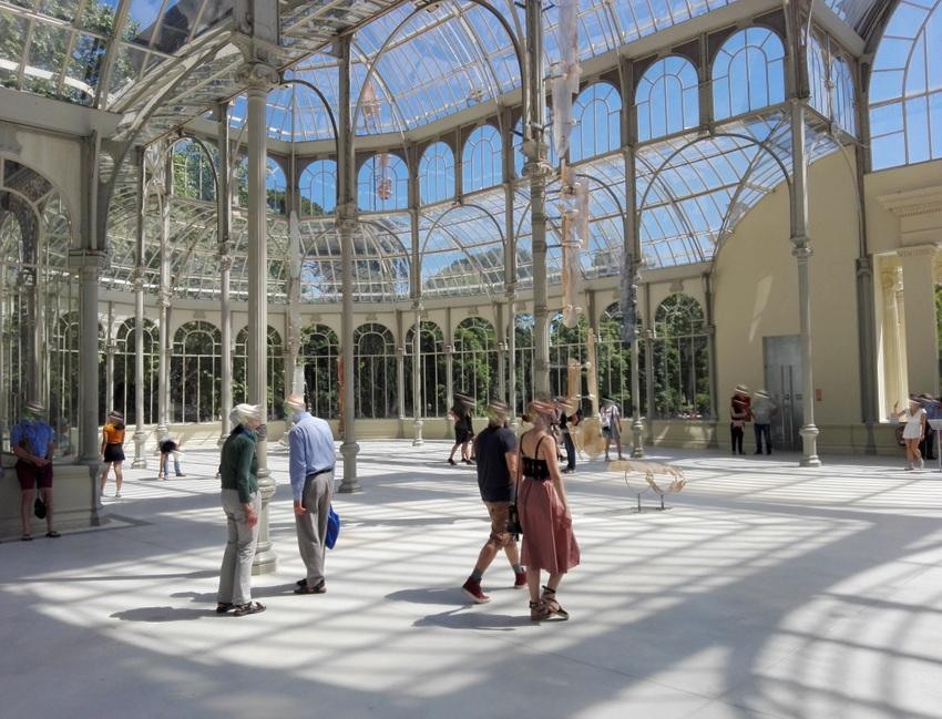 BesucherInnen im Palacio de Cristal, Madrid, Bild (c) Claudia Busser - kekinwien.at