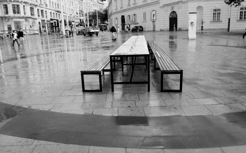 Wiener Bankett der Menschenrechte und ihre HüterInnen, Françoise Schein, Blick in die Mariahilferstraße, Foto (c) Andrea Pickl - kekinwien.at