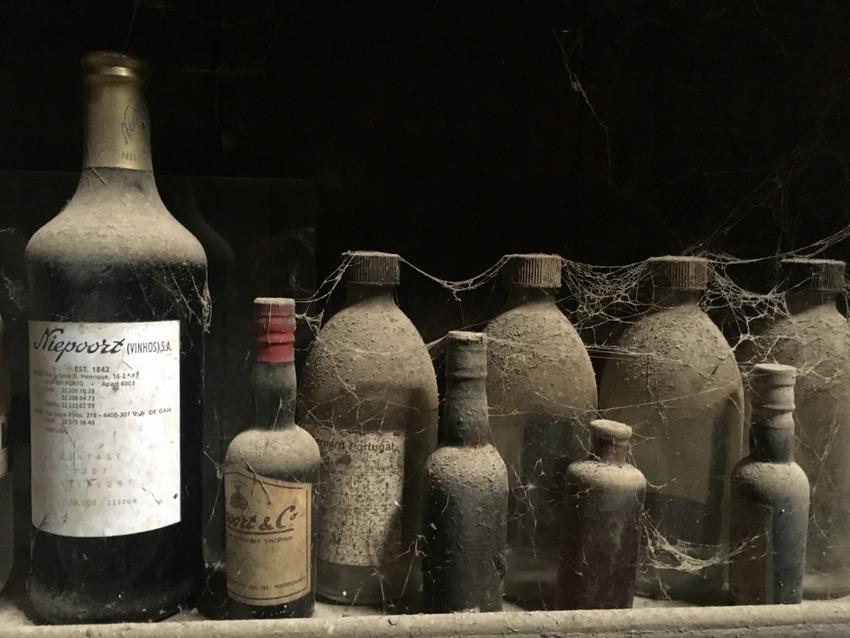 Niepoort, Flaschen von damals, Bild (c) Christof Habres - kekinwien.at