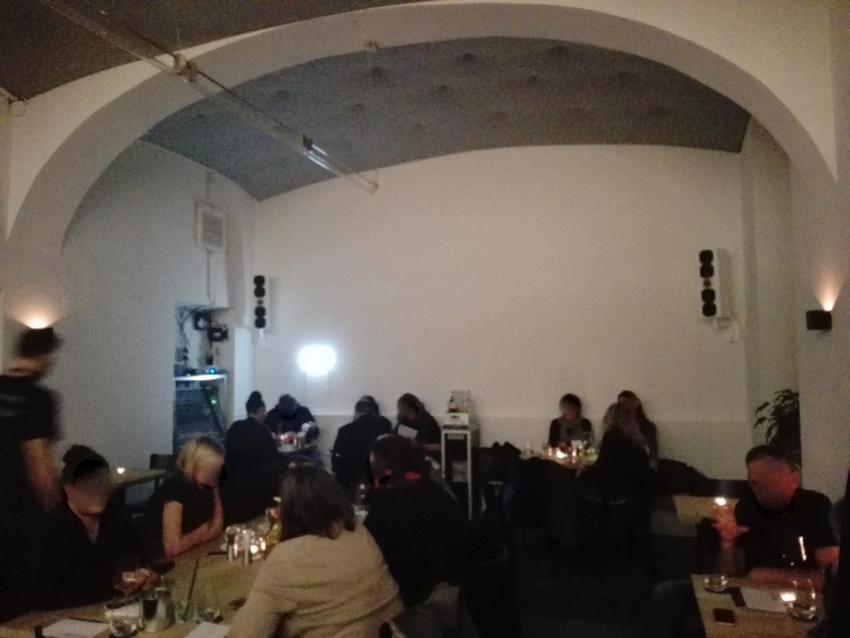 Bruder, erster Raum, quasi die Bar, Bild (c) kekinwien.at