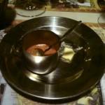 der Gruß aus der Küche: die schon legendäre Chilisauce im Holy-Moly