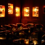 Interieur der Dino's American Bar