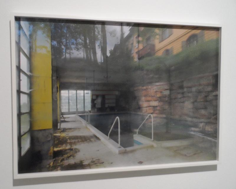 """das """"Alpinbad"""", Yvonne Oswald, Serie """"Zauberberg"""" Das Südbahnhotel #14 (2013), digital print, 70x100cm, 5+2"""