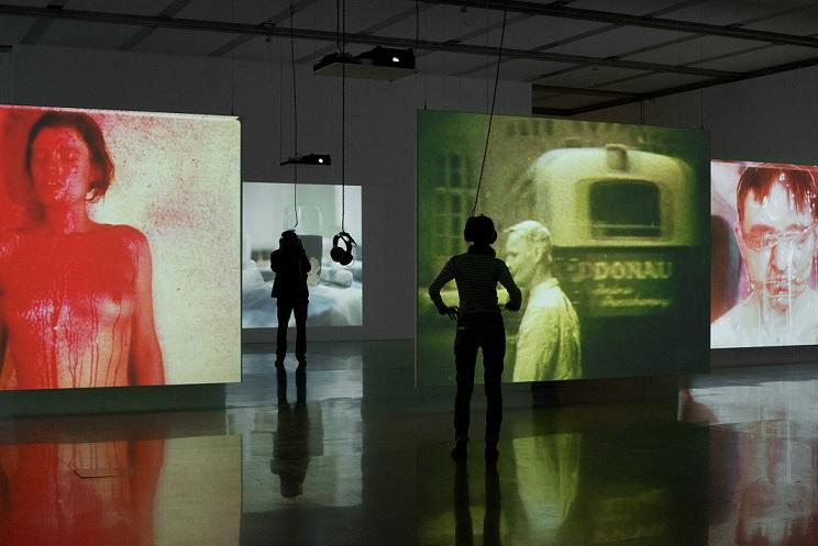 Ausstellungsansicht / Exhibition view Mein Körper ist das Ereignis. Wiener Aktionismus und internationale Performance / My Body ist he Event. Vienna Actionism and International Performance, mumok, Wien, 6.3. – 23.8.2015 Photo: mumok/Laurent Ziegler