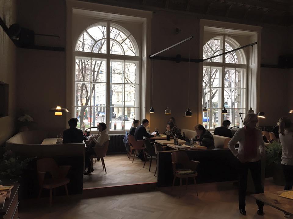 Blick auf den Ring, der Bereich für untertags im Salonplafond, Foto (c) Jan Pavel auf facebook