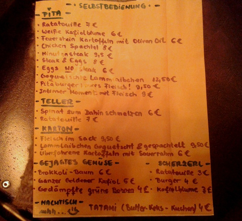 Die ganze Speisekarte des Miznon Vienna, Foto (c) Claudia Busser - kekinwien.at