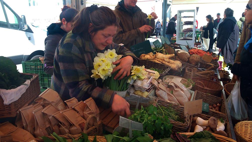 Auf dem Markt im April - kekinwien.at