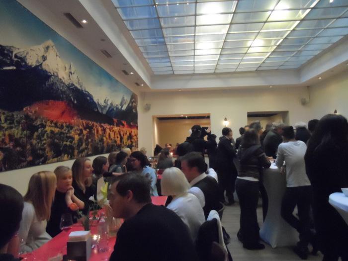 Der große Speisesaal im Habibi und Hawara, Foto (c) Claudia Busser - kekinwien.at
