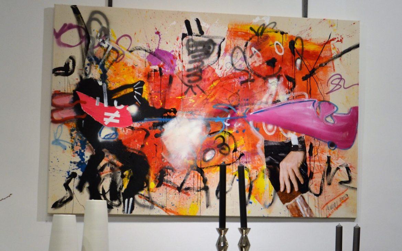 neue Arbeiten gleich beim Eingang, Reinhold Ponesch im Wohnsalon - kekinwien.at