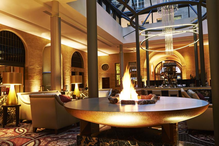 Grandhotel Handelshof, Lobby. Fireplace, Foto (c) Steigenberger Hotels