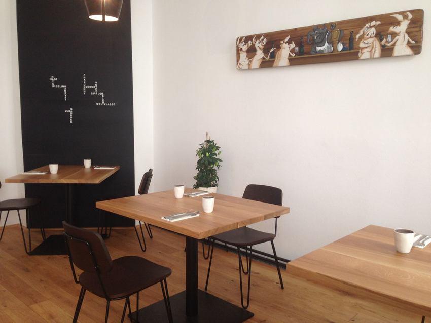 MAST, Interieur, Gastraum oben, Foto (c) Andrea Pickl - kekinwien.at