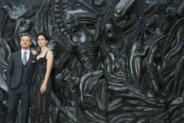 Michales Fassbender und Katherine Waterston bei der Weltpremiere von Alien Covenant in London © 2017 Twentieth Century Fox