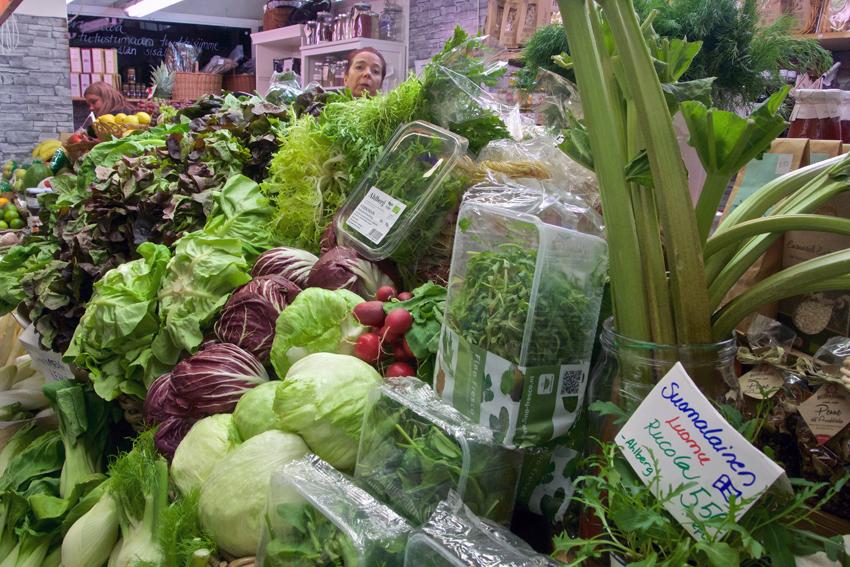 Es grünt so grün, auf dem Markt in Helsinki, Foto (c) Mischa Reska - kekinwien.at