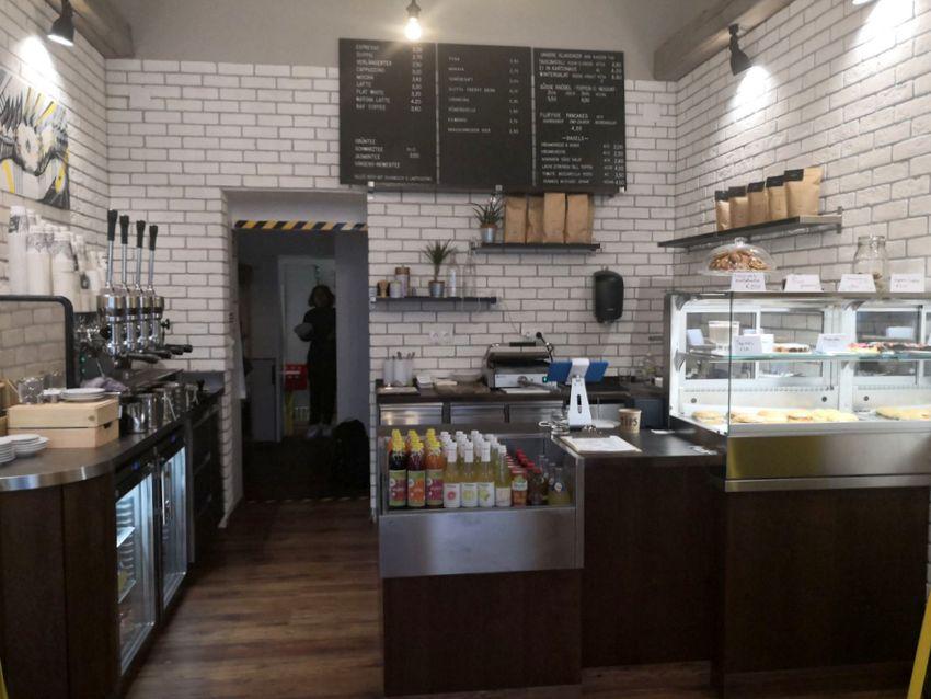 Klein, aber hübsch, das Interieur der Kartonage Kitchen, Bild (c) Andrea Pickl - kekinwien.at