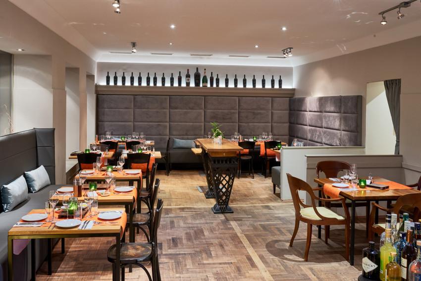 Gemütlich, familiär, wie im Urlaub: Takans Restaurant, Bild (c) Takans