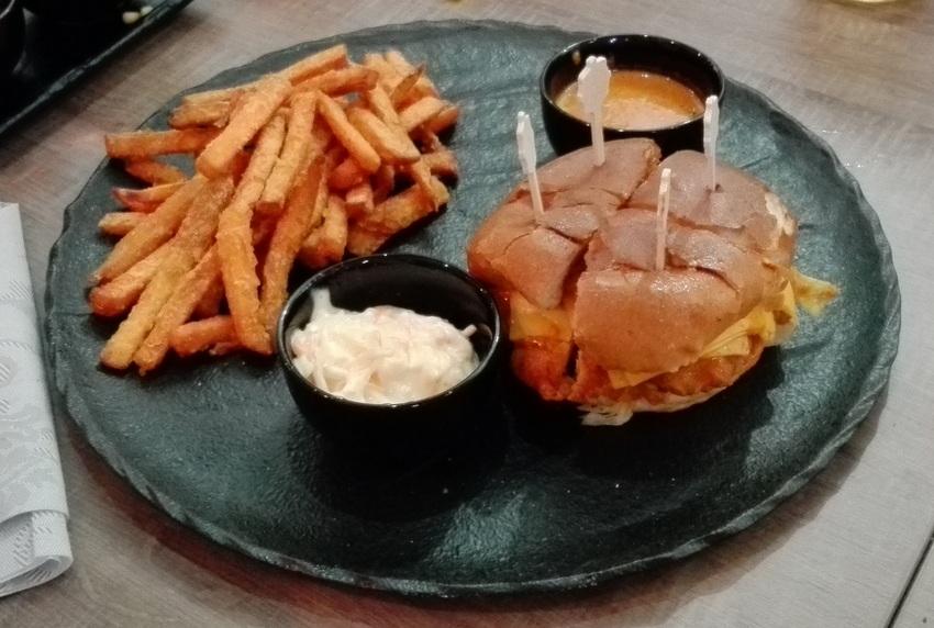 Butter Chicken Burger, Bild (c) Claudia Busser - kekinwien.at