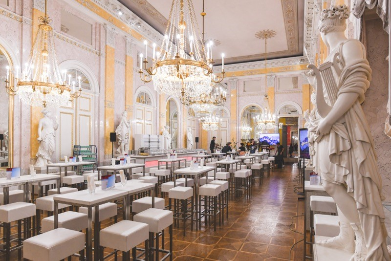 Die Prunkräume der Wiener Albertina vor den Ansturm der Gäste, Fest der Kunst und des sozialen Engagements, Bild © Oreste Schaller
