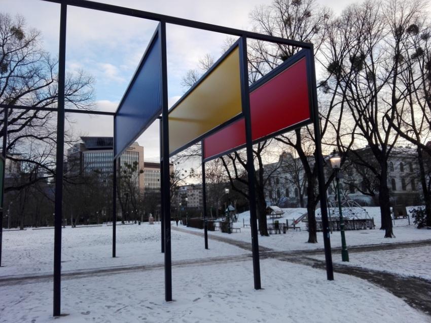 Teilansicht von Donald Judds permanenter Installation im Stadtpark, Bild (c) Claudia Busser - kekinwien.at