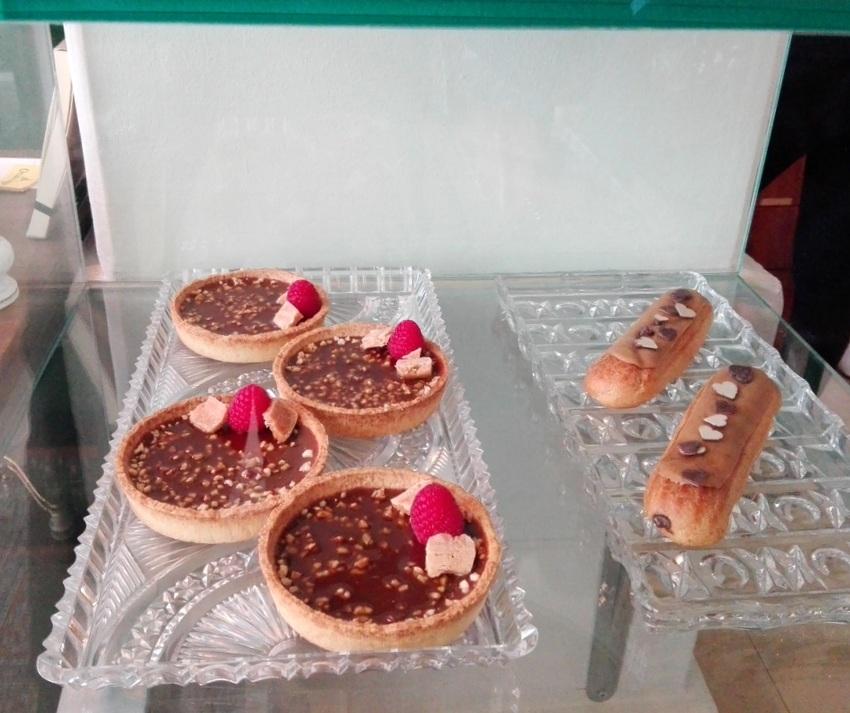 Kuchen, Einblick in die Vitrine, Hildebrandt, Bild (c) kekinwien.at