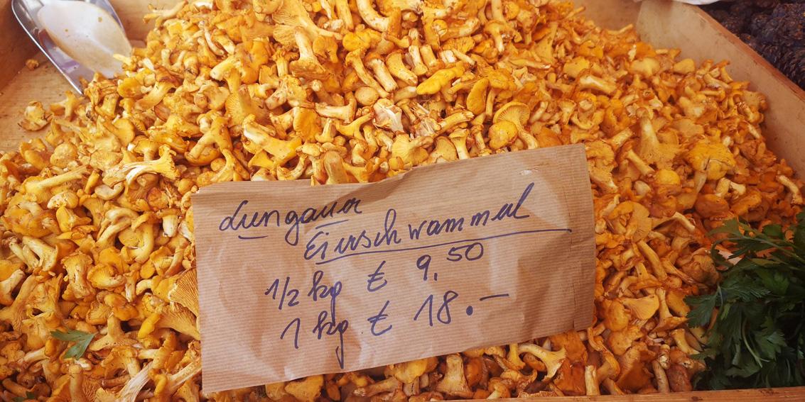 Lungauer Eierschwammerl auf dem Markt im Sommer, Bild (c) Mischa Reska - kekinwien.at