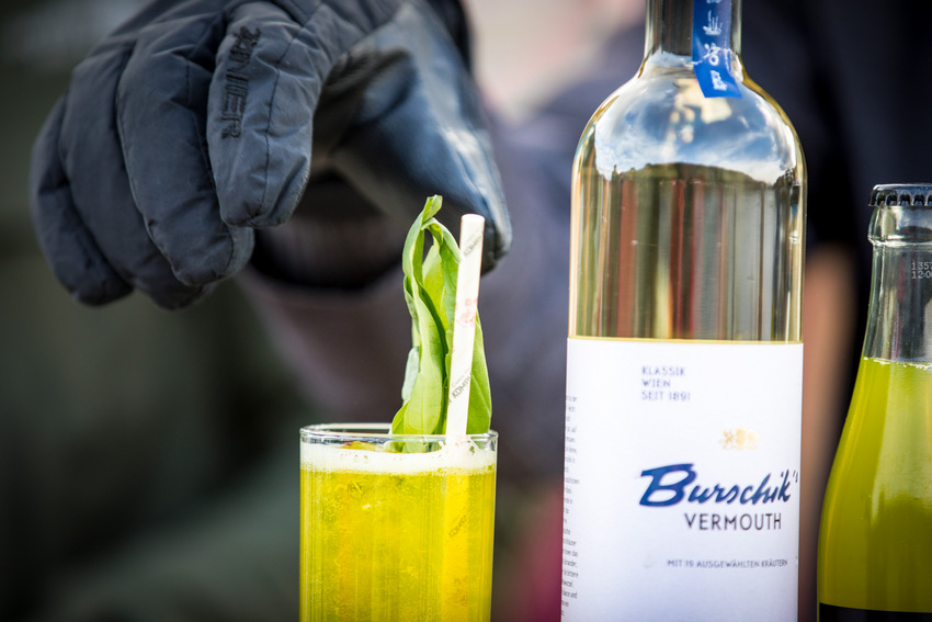 Nicht nur die Drinks sind eisgekühlt bei den Cocktailtagen Weissensee, Bild (c) Ulrike Zauner