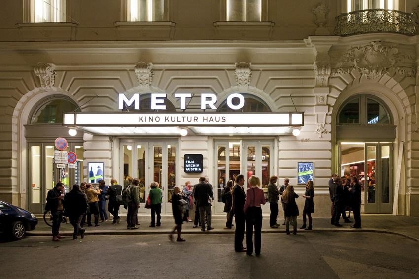 Fassade quer METRO Kinokulturhaus c Rupert Steiner.jpg