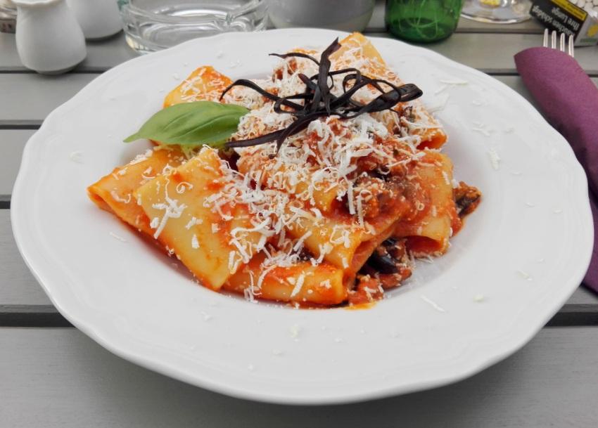Pasta alla Norma, Osteria Allegro, Bild (c) Claudia Busser - kekinwien.at